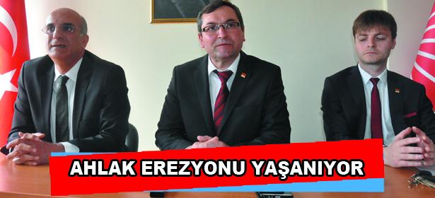 AHLAK EREZYONU YA�ANIYOR